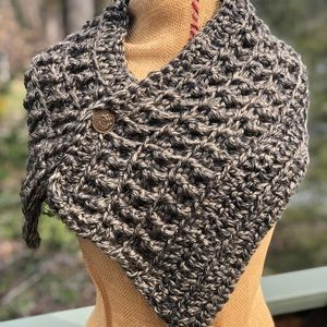 Outlander shawl/scarf, hand crocheted, soft yarn